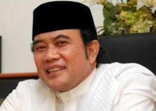 Rhoma Irama memberikan dukungan kepada pasangan Prabowo-Hatta pada Pilpres 2014 - (rimanews.com)