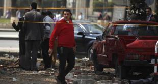 Penyerangan kantor polisi di Giza pada April lalu (aljazeera.net)