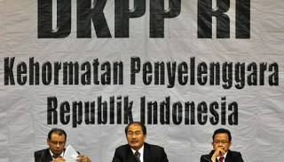 Sidang Kode Etik Penyelenggara Pemilu di Dewan Kehormatan Penyelenggara Pemilu (DKPP).  (tempo.co)