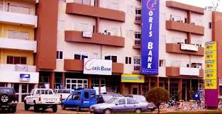 Salah satu unit Coris Bank di Burkina Faso (burkinafaso.dezmonde.com)