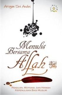 """Cover buku """"Menulis Bersama Allah""""."""