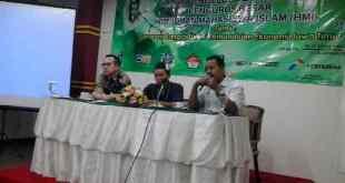Ketua Umum DPP Asosiasi Pedagang Kaki Lima Indonesia (APKLI) Ali Mahsun M Biomed pada Simposium Ekonomi Jawa Timur, di Hotel Sahid, Surabaya, Ahad (18/1) (IST)