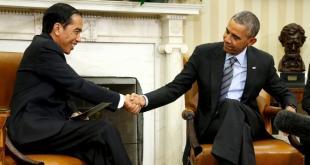 Presiden RI Joko Widodo saat bertemu Presiden AS Barack Obama di Gedung Putih, Washington, Senin (26/10). (liputan6.com)