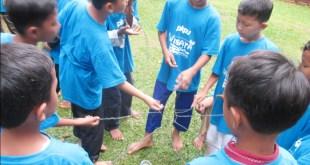 100 yatim dan dhuafa Lampung berwisata edukasi di Objek Wisata Lembah Hijau Bandar Lampung, Sabtu (23/10/2016). (Ikhwanudin/Putri/PKPU)