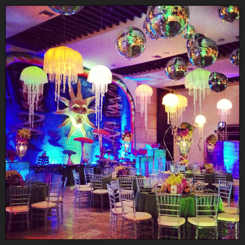 Tomorrowland tema para fiesta de xv a os for Accesorios decoracion salon