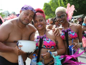 PRIME MINISTER GIVES KUDOS TO CARNIVAL 2015 | St Lucia News