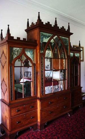 gothic bookcase Ardfern3