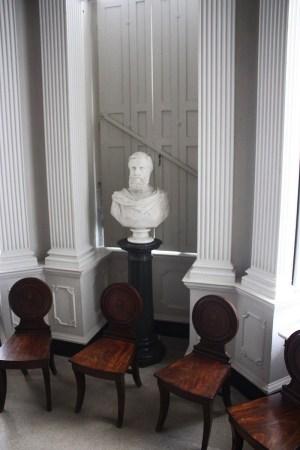 palladian sculpture & pillars Ardfern