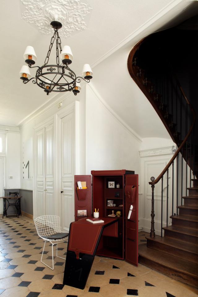 maltier le malletier dandy magazine. Black Bedroom Furniture Sets. Home Design Ideas
