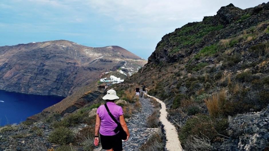 Walking path - Santorini Hike