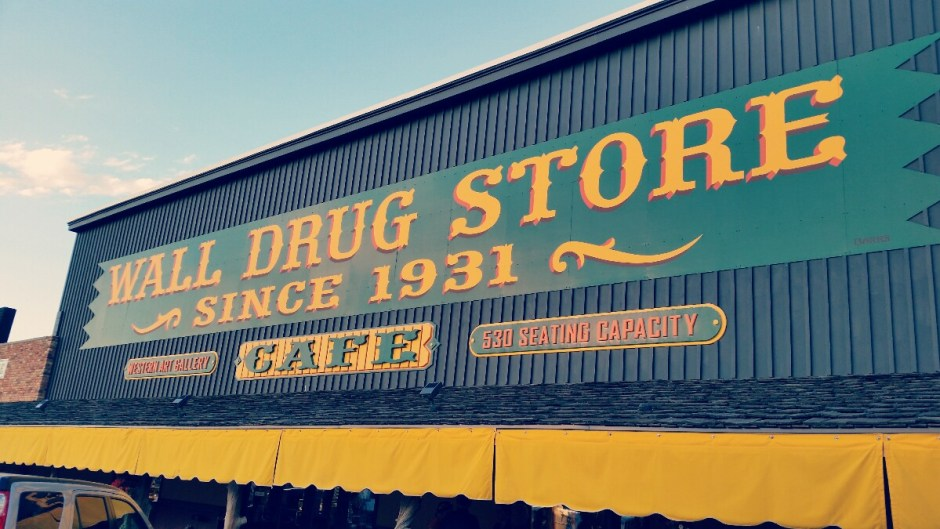 Wall Drug Store Awning[1]