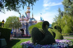 0482_Sleeping_Beauty_Castle_Disneyland_May_03_2014