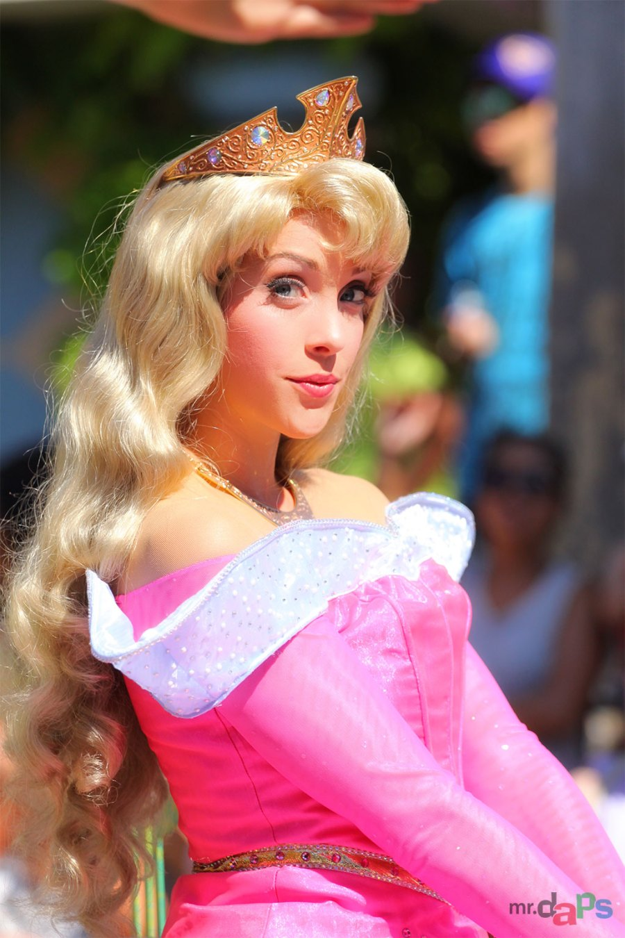 0494_Aurora_Disneyland_July_06_2014