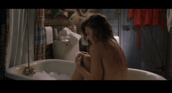 cabin-fever-bathtub-scene