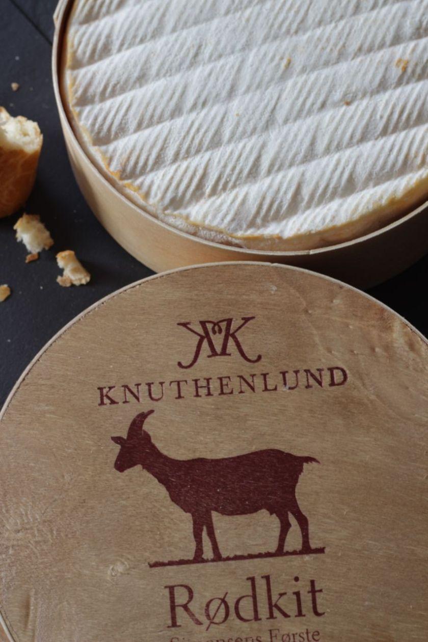Knuthenlund-Rodkit-Ziegenmilch-Rotschmierkäse-Verpackung