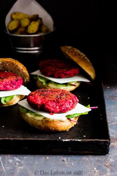 Veggie Burger mit Rote Bete Hirse Bratling (13 von 61)