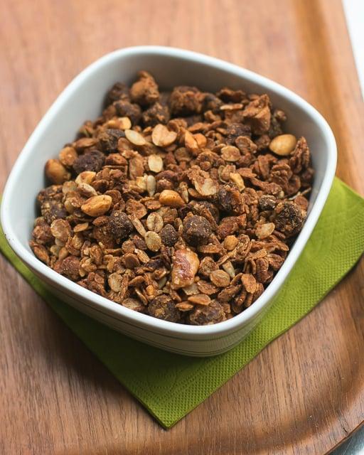 peanut butter chocolate chip granola recipe-20