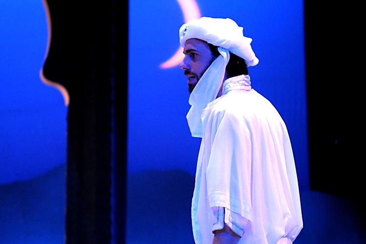 Red Fortress - David Smith as Pilgrim King - Image by Alice Pierburg