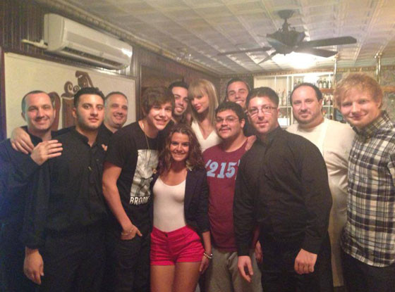 . After a Philadelphia concert last week, Swift dined at South Philly institution, Ralph's Italian Restaurant. Apparently it was pretty good, with Swift leaving a $500 tip on an $800 bill, according to the Daily News.