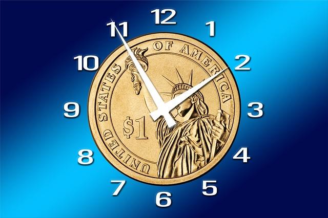 clock-2883645_640