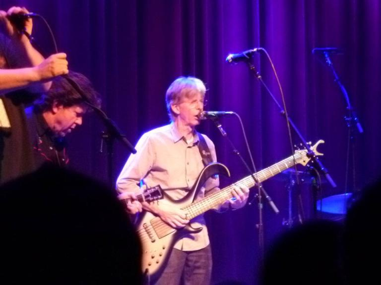 Phil Lesh plays with Jackie Greene on his 31st birthday | photo (♥) John Collins and Cathy Bille
