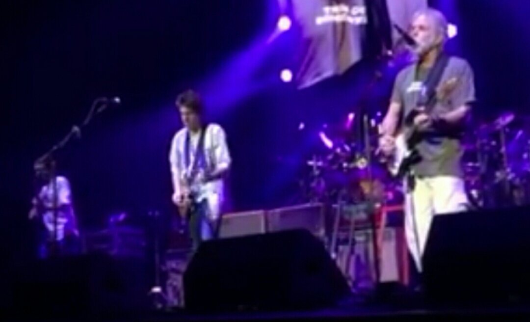 """Watch Dead and Company """"Brokedown Palace"""" Las Vegas 11/28/2015"""