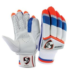 SG League Right Hand Batting Gloves- Boys Rs 115 only amazon