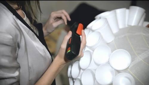Cómo hacer lámparas con objetos desechables2
