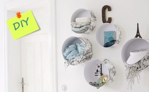 C mo montar estanter as recicladas en la pared sin agujeros 1 for Perchero pared sin agujeros