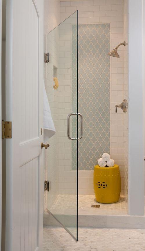 Baños Con Estilo Vintage: vintage como el azulejo de estilo marroquí que puedes ver en la ducha