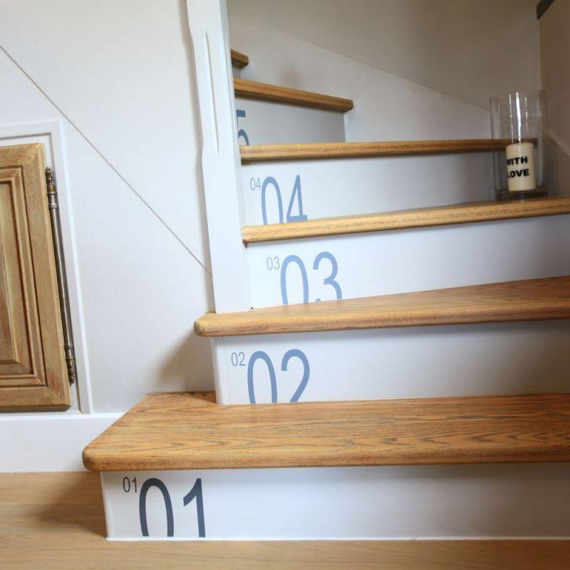 Relooker un escalier avec un petit budget d conome - Stickers pour marche d escalier ...