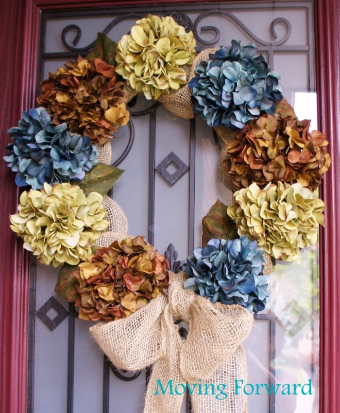 Fall DIY burlap and hydrangea wreath