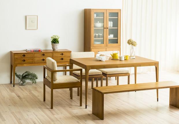 CHLOROS(クロロス)のダイニングテーブル