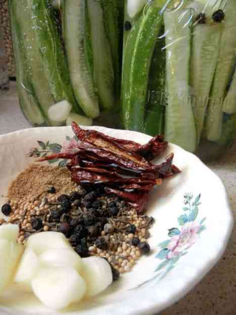 Lacto-Fermented Pickles, No Canning, glucose, cucumber, fermented pickles, DIY, recipe, food, health benefits, adding salt, canning jar, raw, fido jar, spices, weight, enzymes, flavor, sour, crunchy, bubbles, diabetes, indigestion, arthritis, lower risk of cancer, L.brevis, microorganisms, storage, no oxygen, environment, brine, food preservation, lacto-fermentation, healthy gut, good bacteria, kimchi, healing the gut, anticancer, probiotic, Bubbies pickles, sauerkraut, brine, pickling spices, kahm yeast, slow fermentation, finger foods, old-fashioned, the way grandma used to ferment, healthy living, putting up the harvest, sea salt, preservation,