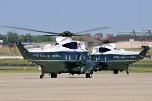 VH-3Ds taxi
