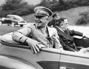 Gen. Dwight D. Eisenhower with Mayor Fiorello LaGuardia in a motorcade on Eisenhower Day, June 19, 1945. LaGuardia and Wagner Archives photo