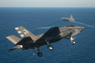 F-35C Approach