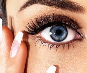 Remedio casero para las bolsas en los ojos