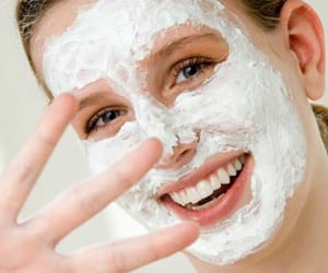 woman-with-homeade-facial-mask