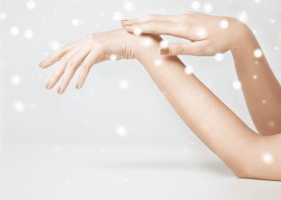 Manicura navideña…. ¡Pon color a tus uñas!