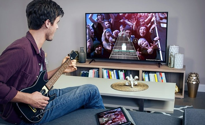 guitar-hero-apple-tv