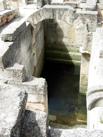 Fouilles de Glanum : source monumentale