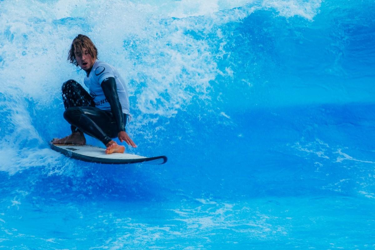 Surfers Paradise – Riversurfen am Schwarzenbergplatz