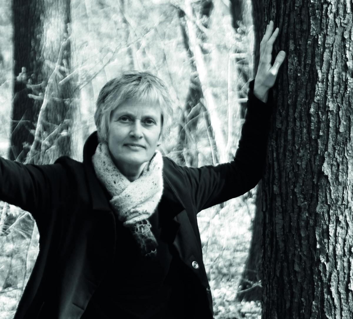 Was die Generation vor mir verdrängt hat, drängt sich mir auf - Hanna Sukare im Interview