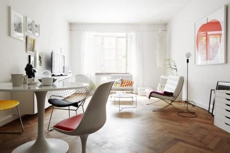 suelo parquet espigado sillas tulip sillas de diseño sillas barcelona ropa cama algodón radio retro XL muebles de diseño mueble cajonera ikea lámparas de diseño interiorismo nórdico habitación infantil decoración blanco fotos decoración