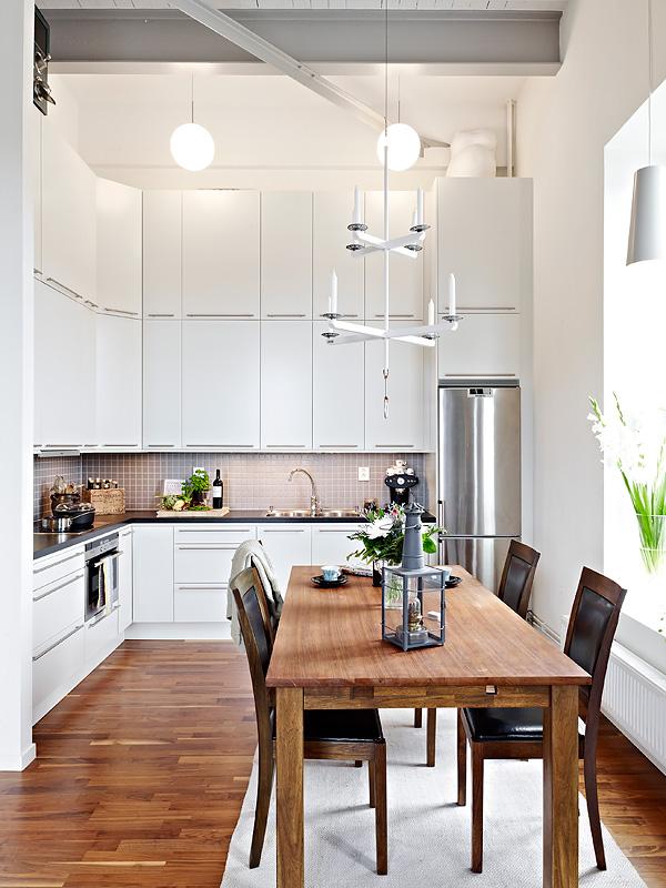 Como aprovechar el espacio en un piso de techos altos for Muebles de cocina hasta el techo