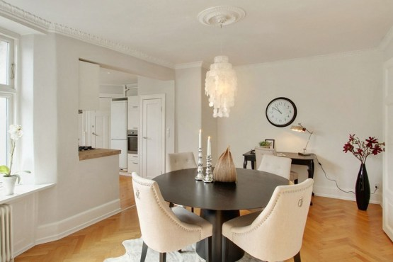 sillas butacas tapizadas muebles de metal y cristal espejo mezcla de estilos estilo nordico glam estilo nórdico escandinavo estilo nordico con glamour americano decoración pisos daneses blog decoracion interiores
