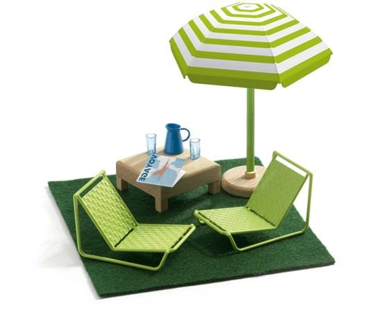 Tiendas de diseño nórdico regalos deco para niños muebles para niños juguetes de diseño decoración infantil decoración de habitaciones infantiles casas de muñecas de diseño casas de juguete modernas casas de juguete contemporaneas artículos de diseño para niños