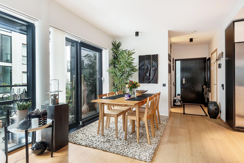 65m con cocina comedor sal n abiertos blog decoraci n for Cocinas para pisos pequenos