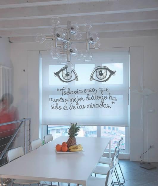Personalizar tu sala de estar con vinilos decorativos a medida arquitectura today - Tiendas de cortinas online ...